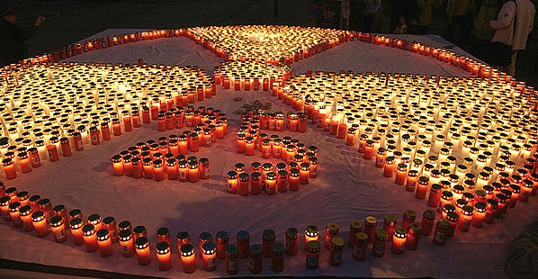 2000 candles in memory of the Chernobyl disaster in 1986 at a commemoration 25 years after the nuclear accident as well as for the Fukushima I nuclear accidents of 2011. Photo from Wikipedia