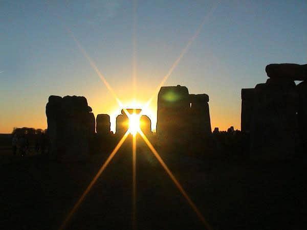 stonehenge-winter-solstice